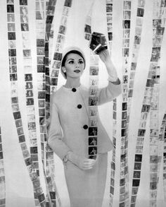 Jean Newington, photo by Pottier, 1959