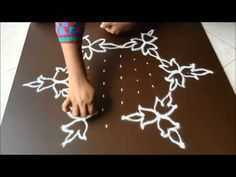 Simple flower kolam with 7 dots - YouTube
