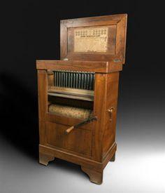 barrel organ from Jerome Thibouville-Lamy.Paris.Fundación Joaquín Díaz de Urueña.