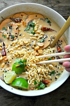 Vegan Spicy Thai Peanut Ramen - Rabbit a. - Vegan Spicy Thai Peanut Ramen – Rabbit and Wolves - Ramen Recipes, Veggie Recipes, Asian Recipes, Whole Food Recipes, Cooking Recipes, Vegan Recipes One Pot, Recipes With Ramen Noodles, Thai Vegetarian Recipes, Drink Recipes