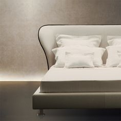 Rea  bed by Giorgetti