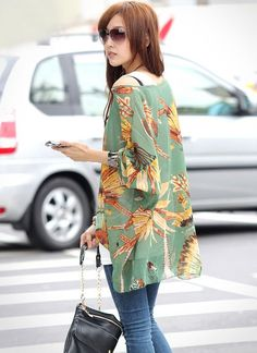 Batwing Sleeves Scoop Neck Feather Print Plus Size Casual Women's T-ShirtBlouses | RoseGal.com