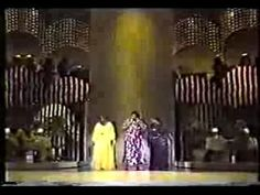 ▶ Pearl Bailey, Ella Fitzgerald & Sarah Vaughan-1979 - YouTube...this is swingin'...yeah!