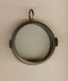 Glass Locket  3D - Antique Copper  -  $8.00