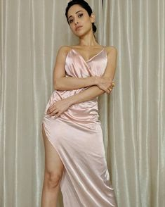 NUSHRAT BHARUCHA #PHOTO #GALLERY #EDUCRATSWEB