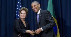 Dilma Rousseff, presidente do Brasil, cumprimenta Barack Obama, presidente dos Estados Unidos, durante a Cúpula das Américas, realizada na Cidade do Panamá. Durante o encontro, ficou combinado que Dilma vai visitar a Casa Branca, sede do governo dos Estados Unidos, no dia 30 de junho