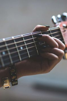 Simple Guitar Tips. Learn to play the electric guitar with these easy to follow guidelines.  Playing a guitar is not difficult to master, and may open so many musical doorways.