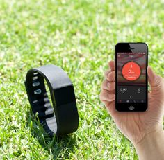 Apphealth Bluetooth Fitness Activity Bracelet Works with Apple and Android. Monitor steps taken, distance covered and calories burned. Measure the quality of sleep to wake up feeling refreshed. Receive a reminder to get moving after lengthy periods of inactivitiy. Remotely controls phone cameras to enable photos to be taken using the bracelet. Be notified when your smart device receives a phone call.