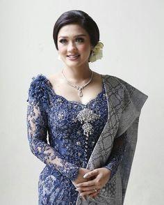 Fashion Designer : Yana (081318005733) : verakebaya@me.com (by appointment) Vera Kebaya, Kebaya Lace, Kebaya Brokat, Kebaya Dress, Batik Kebaya, Thai Fashion, Hijab Fashion, Womens Fashion, Kebaya Simple