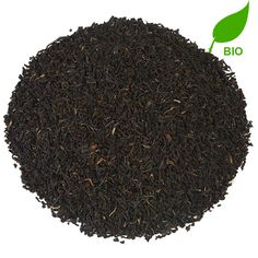 ASSAM GFBOP HATHIKULI BIO   Deze thee is afkomstig van een plantage binnen het beroemde Kaziranga National Park - tevens de woonplaats van de kenmerkende neushoorn die op het logo van Assam Thee te zien is. Hathikuli heeft een milde, moutige smaak en werkt concentratiebevorderend.  
