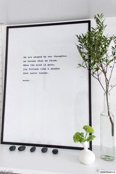 asetelma,taulu,oksa,diy-printti,viherkasvit sisustuksessa,viherkasvi,makuuhuone,olohuone,työhuone,Tee itse - DIY