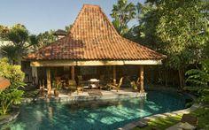 Villa Oost Indies in Seminyak presents 3 bedrooms, a pool in a original colonial-style design. #MinistryofVillas