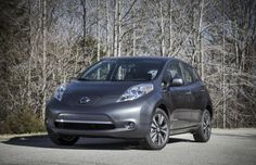 Kelley Blue Book's, gives the 2013 Nissan Leaf the No. 1 spot on their honor roll of the Top 10 Best Green Cars of 2013.