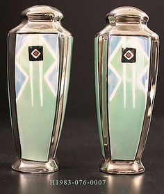 Google Image Result for http://www.bentoncountymuseum.org/exhibitions/Decorative_Arts/images/Art_Deco_shakers.jpg