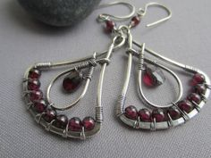 Silver Wire Earrings with Garnet/ Wire Earrings/ Garnet by mese9