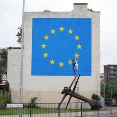 "170.8 k mentions J'aime, 1,001 commentaires - Banksy (@banksy) sur Instagram: ""Dover, England."""
