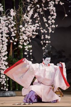 A kabuki actor dressed in hoeki no sokutai probably acting in the Tale of Genji.