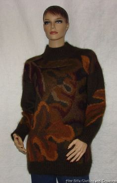ELLEN TRACY THICK SOFT MOHAIR SWEATER - Size M   Bust 42-44 FUZZY & SOFT