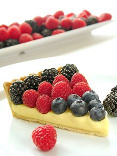 SEASONAL FRUIT TART : VIA -Waiting For Gateau - Colorado's Premier High Altitude Baking Test Kitchen