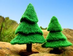 Free knitting pattern for Fir Trees and more holiday decoration knitting patterns