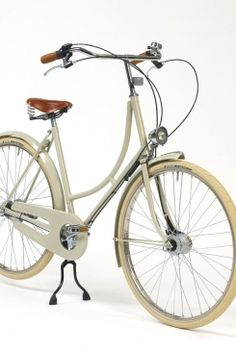dream bicycle. beg. £675. hey, a girl can dream.