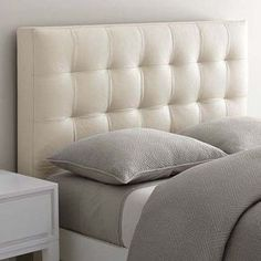 love this leather tufted headboard from WestElm - really elegant mixed with the narrow leg bed frame. Bedroom Bed, Home Decor Bedroom, Bedroom Inspo, Master Bedroom, Cama Box Casal Queen, Bed Back Design, Floating Headboard, Camas King, Leather Headboard
