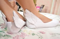 White winged/wing shoes