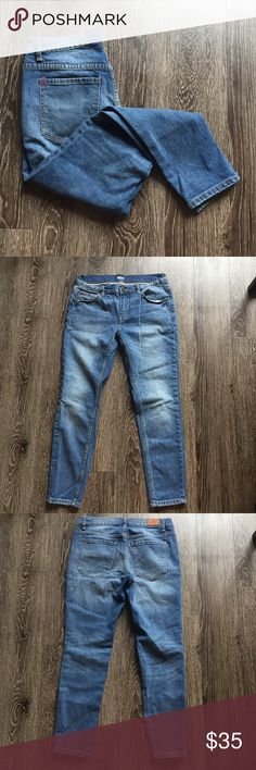 BDG slim boyfriend jeans Worn once or twice. Light wash denim jeans with a loose boyfriend fit. The pockets have a crease in them that makes them flip out, as shown in the photo. Urban Outfitters Jeans Boyfriend