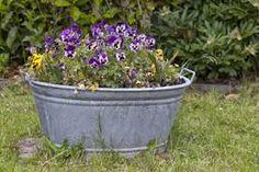 Ähnliches Foto Lawn Maintenance, Wood Bridge, Household Items, Planter Pots, Landscape, Plants, Diy Table, Table Lamps, Google