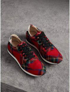TARTAN SHOE LACES Royal Stewart Flat Trainers Boots Novelty Scottish UK