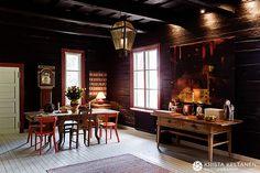 Traditional Finnish farmhouse with contemporary interior   Vanha talo opettaa asukkaitaan » Krista Keltanen Blog