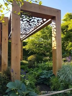 The oak pavilion in The Morgan Stanley Garden for Great Ormond Street Hospital was made from French Oak. The attractive leaf design that features at the top of this section of the pavilion was designed by Chris Beardshaw.