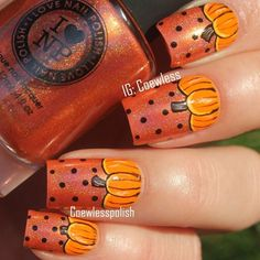 14 Spooky Halloween Nails Designs That Are Better Than Your Costumes Pumpkin Nails for Halloween Holiday Nail Designs, Halloween Nail Designs, Halloween Nail Art, Spooky Halloween, Fancy Nails, Love Nails, Pretty Nails, Seasonal Nails, Holiday Nails