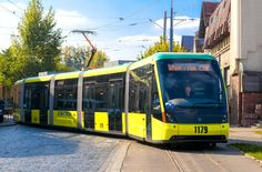 "Kyiv chose tram ""Electron"" (made in Lviv)/ Київ обрав трамвай ""Електрон"" (зроблено у Львовi)"