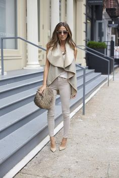 Clothes outfit for woman * teens * dates * stylish * casual * fall * spring * winter * classic * casual * fun * cute* sparkle * summer *Candice Wicks Looks Street Style, Looks Style, Moda Casual, Casual Chic, Casual Fall, Casual Summer, Beige Jeans, Looks Chic, Mode Outfits