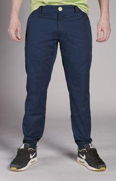 Amokrun Navyfresh Chino Pants. Navy blue chino pants with classic cut. www.amokrun.com