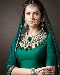 """""""Esha Gupta looking beautiful in traditional look for a Jewellery brand shoot @BOLLYWOODSTYLEFILE…"""""""
