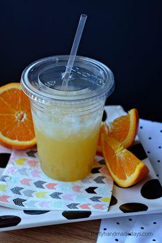 3 Ingredient Pineapple Orange Spritzer - a  simple refreshing drink recipe www.thirtyhandmadedays.com