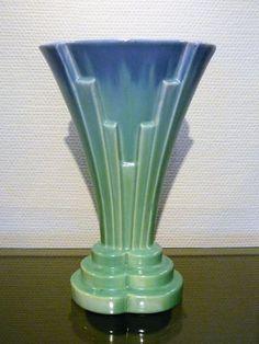 Faïencerie de Thulin - Aardewerk Art Deco vaas