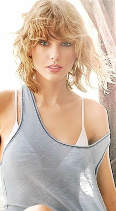 taylor swift call it what you want vk taylor swift call it what you want instrumental Taylor Swift Sexy, Taylor Swift Clean, Taylor Swift Fotos, Beautiful Taylor Swift, Selena And Taylor, Taylor Swift Pictures, Taylor Alison Swift, Taylor Swift Bikini, Metal Girl
