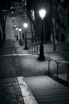 The famous steps of Montmartre Paris France Brasserie Paris, Nocturne, Black And White Pictures, Black And White Photography, Paris France, Street Photography, Cool Photos, Scenery, Around The Worlds