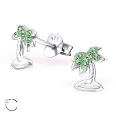 Silver palm tree enhanced with green #Swarovski crystals: children's ear studs, wholesale price is $2.04 US for pair. Made in #Thailand by #ELF925