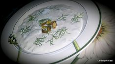 5 Recettes bulgares (Bulgarie) Tzatziki, Cata, Plates, Tableware, Bulgarian Recipes, Bulgaria, Recipe Of The World, Plate, Dinnerware