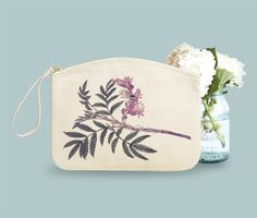 Tropical. Make-up case, hand-bag by Bambouchic Paris.
