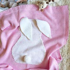 72 отметок «Нравится», 7 комментариев — Вязаная Одежда Для Детей (@knit_studio_felicita) в Instagram: «С праздником дорогие☀️ НОВИНКА ПЛЕД с большим зайчиком СОСТАВ 100% baby merino wool РАЗМЕР 60*90см…»