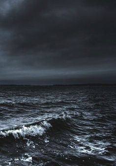 sea night When darkness falls and moonlight calls a stormy night Stormy Sea, Stormy Night, Stormy Waters, Photo D Art, Foto Art, Ocean Photography, Landscape Photography, Photo Ocean, Collage Foto