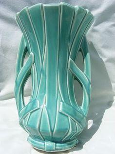 Vintage McCoy....great color