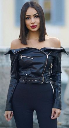 More professionals named Dilara Özcan - Hair & Beauty Trends Long Face Hairstyles, Short Black Hairstyles, Girl Hairstyles, Hairstyle Short, Hairstyles Pictures, Elegant Hairstyles, Hairdos, Black Girl Hair Cuts, Short Hair Cuts