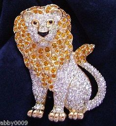 Signed-Swan-Pave-Swarovski-Lion-Brooch-Pin
