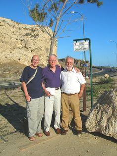 Spain 2006: Tres amigos--Film maker Antonio Villanueva, Roderick Stewart and Spanish Bethune expert Jesus Majada Neila on the Paseo de los canadienses near Madrid.